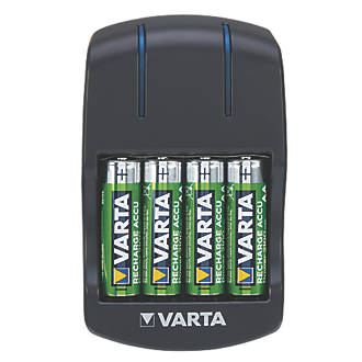 Varta Ready2use Aa Plug Charger With 4 X Aa Batteries Battery Chargers Screwfix Ie