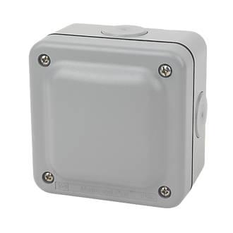 Mk Ip66 4 Terminal Weatherproof Outdoor Junction Box 95 X 65 X 95mm Outdoor Junction Boxes Screwfix Ie