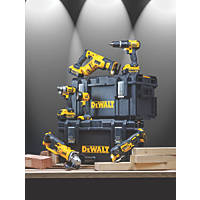 DeWalt DCK697M3-GB 18V 4.0Ah Li-Ion XR  Cordless 6-Piece Power Tool Kit
